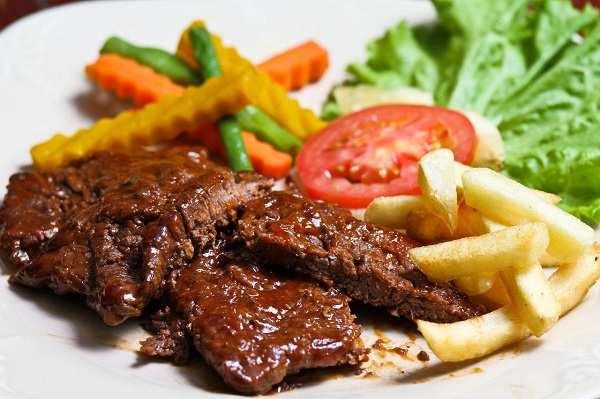 8 lợi ích khi ăn thịt bò