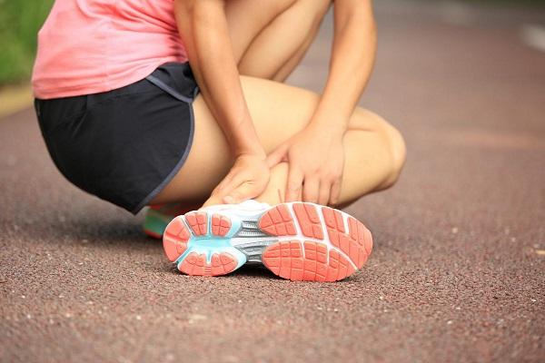 Chuyên gia tư vấn cách sơ cứu khi bị chấn thương do tập thể thao