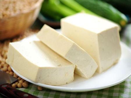 Những thực phẩm làm giảm chuyện chăn gối