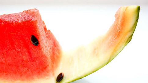 Vì sao nên thường xuyên ăn dưa hấu?