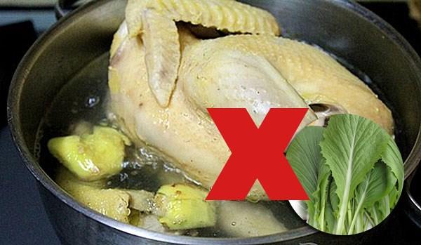 Khi ăn thịt gà nhất định không được ăn kèm các thực phẩm này