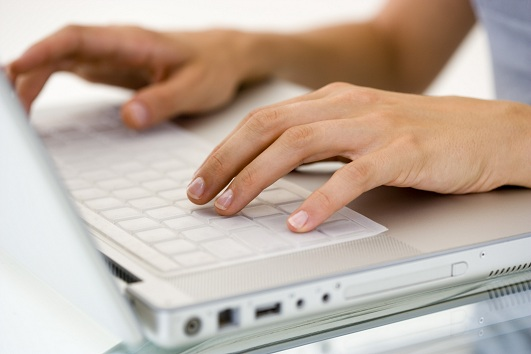 gõ bàn phím máy tính