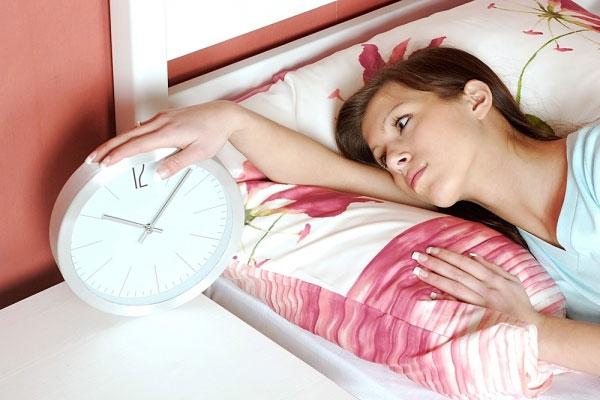 Mẹo giúp bạn ngủ ngon chỉ sau 1 phút