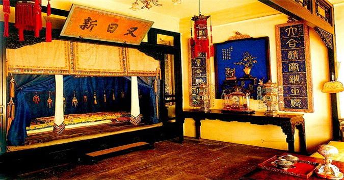 Đi thăm cổ cung, bạn có biết, giường ngủ của bậc Đế Vương ẩn chứa điều bí mật?