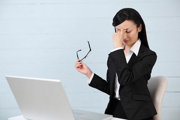 Các vấn đề sức khỏe dân văn phòng thường gặp