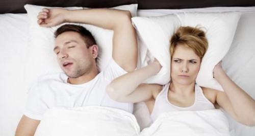 3 cách đơn giản để chữa bệnh ngủ ngáy