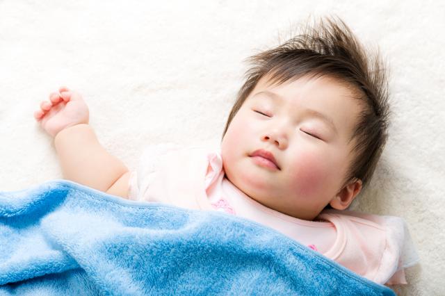 Đi ngủ sớm giúp trẻ thông minh hơn, giảm hiếu động thái quá
