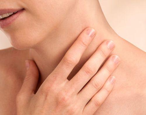 Các bài thuốc dân gian chữa viêm họng